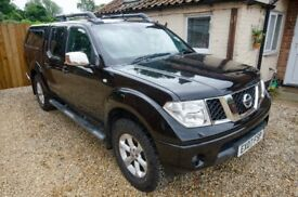 Nissan Navara 2.5TD Outlaw Double cab with hard top