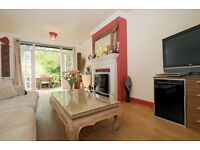 Gipsy Hill SE19 - Beautiful two double bedroom period conversion, close to Gipsy Hill Station.