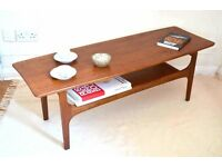 Fantastic vintage Danish style two-tier teak coffee table. Delivery. Modern / Midcentury.