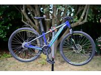 Specialized Rockhopper - Mountain Bike (29er). Excellent Condition. Fully serviced.