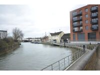 Large 2 Double Bedroom Apartment-Large Balcony with Views over the Canal-Wooden Floors-Ava Now