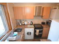 Good size 1 bedroom flat in Blackheath available now
