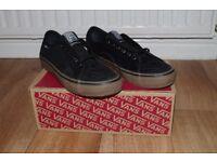 Vans AV Classic Pro, Black/Gum, UK9
