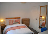 Smart ensuite double room in new houseshare. ALL BILLS INCLUDED