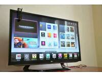 """Lg 42"""" Fully Smart tv, Freeview HD. Delivery"""