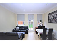 W5: Modern Three Bedroom Flat with Private Garden