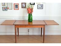 Fantastic Vintage Danish 'Mobelfabrik' extending teak table. Delivery. Modern Style.