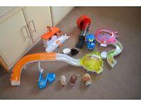 Zhu zhu pets bundle 3 hamsters and accessories