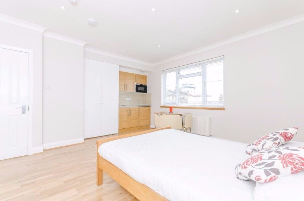 Generous size superb and modern studio, Edgware Road ***all bills inclusive***