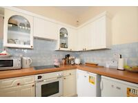 Sophia Square - A spacious two bedroom mew style house to rent in popular gated development