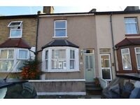 Two Double Bedroom House with Private Garden - Available Mid March