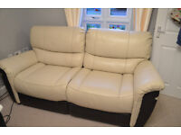 2 seater leather recliner sofa, exelent condition, like new, can deliver