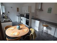 ***New Double Bedrooms billed included, fulled furnished in excellent flatshare and location***