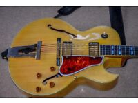 Gibson L4 Blonde 2001 archtop guitar including Gibson hard case.