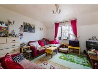 Lovely One Double Bedroom Apartment at CR4