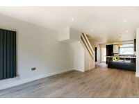 Newly refurbished 2 bedroom house in Waterside Close, Bermondsey