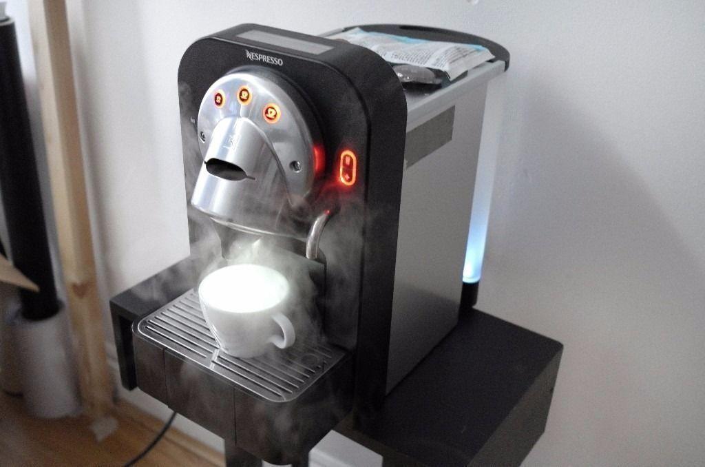 Nespresso Professional Gemini CS 100 CS100 Pro capsule coffee ...