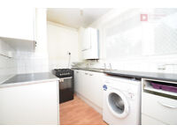 *** 3 Bedroom Flat in Hackney Central, E9 - Private Balcony - Available 13th October***