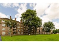 STUNNING THREE BED FLAT TO RENT IN TULSE HILL