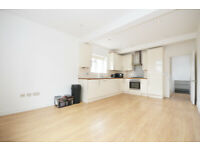 W3: Recently Refurbished Two Bedroom Flat in Acton