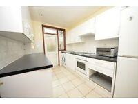 Spacious 4 bedroom furnished property just moments away from brockwell park - Book a viewing now!!!