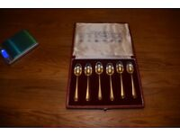 Antique set of British hallmarked silver tea spoons