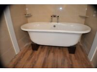 FREE STANDING BATH EX-DISPLAY !!!! now sold !!!!
