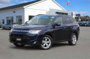 2014 Mitsubishi Outlander GT! V6! 7-SEATER! LEATHER! SUNROOF!