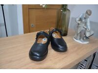 Women's Orthotic Shoes - Size 3W- Clearance Sale