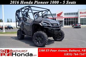2016 Honda Pioneer 1000 5 seats 6 Speed! 5 Seats! Dual Clutch Tr