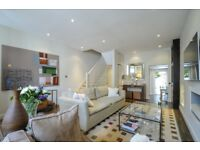 A beautifully presented three bedroom family home with a stylish patio, Burnthwaite Road, SW6