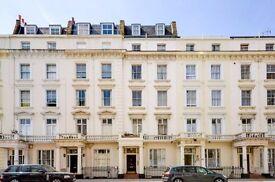 MODERN TOP FLOOR STUDIO FLAT in 2 minutes walk to Pimlico underground station