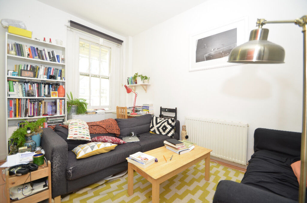 Fantastic Location! Lovely 1 bed Period Conversion on Dalston Lane for £1,450p/cm WORTH VIEWINGS!