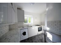 Newly Refurbished 3 Bed flat set in a low rise in Clapham Park SW12