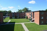 3BD - Huron St - Close to Western U - Pool - HEAT INCLUDED