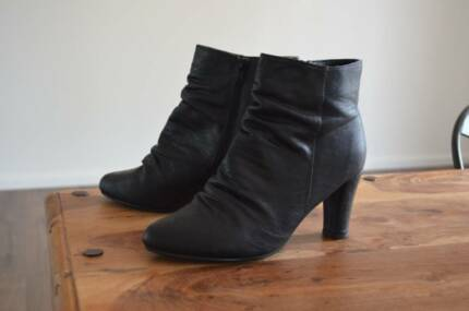 Ladies Black Ankle Boots Ashmore Gold Coast City Preview