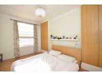 4 DOUBLE BEDROOM FLAT WITH ROOF TERRACE ON STUNNING STREET IN KENTISH TOWN! DO NOT MISS! HIGH SPEC!