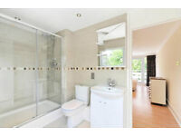 Cannot be missed!!!Great location minutes from Bayswater and Hyde Park 4 bedrooms, 2 bathrooms