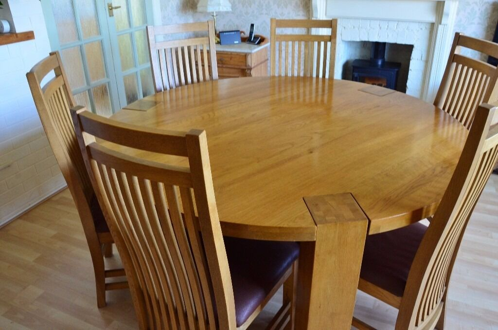 Solid Oak Large Round Dining Table And 6 Chairs In