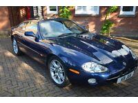 Jaguar XK8 Coupe,