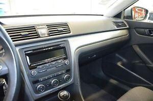 2013 Volkswagen Passat 2.0 TDI Trendline 6 Speed Manual, Bluetoo Oakville / Halton Region Toronto (GTA) image 19
