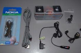 Sony Ericsson headphones and speakers set