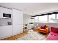 A lovely split level two double bedroom first floor period conversion to rent on Lordship Lane.