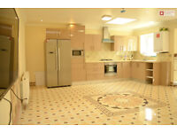 Fantastic 4 Bed + 2 Bath Newly Built Bungalow in Leytonstone E11 3PQ -- £588.46pw -- Available Now!!