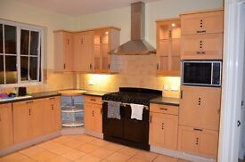 Used Kitchen cupboards/cabinets/units with Worktops and appliances