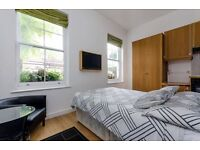 Hampstead - Stylish Studio Apartment in Smart, Residential Area