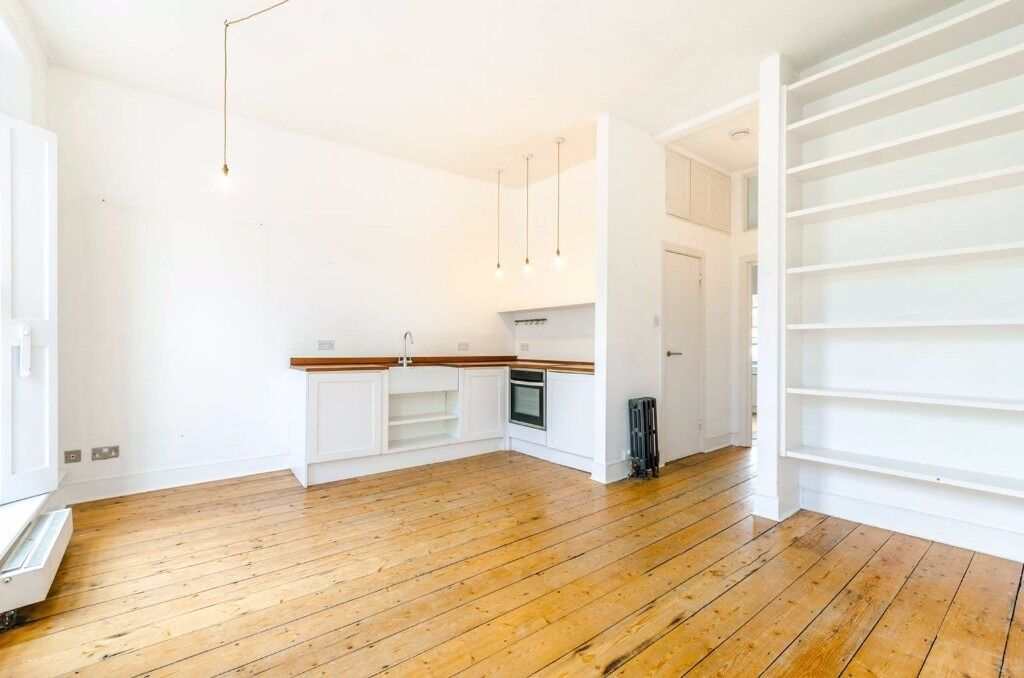 GORGEOUS 1 BEDROOM APARTMENT LOCATED IN A SOUGHT AFTER LOCATION IN CAMDEN TOWN- NEWLY REFURBISHED