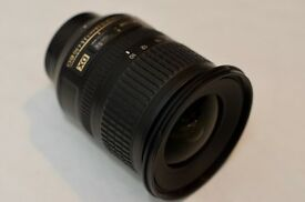 AF-S DX NIKKOR 10-24mm F3.5-4.5G ED wide angle lens in excellent condition