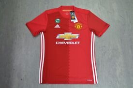 Genuine Manchester United Shirt M Size £25