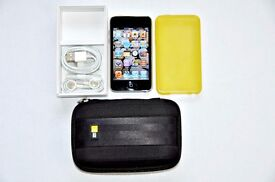 iPod Touch 32GB 2nd Generation Bundle+ Case Logic Protective Gel Cover Earphones
